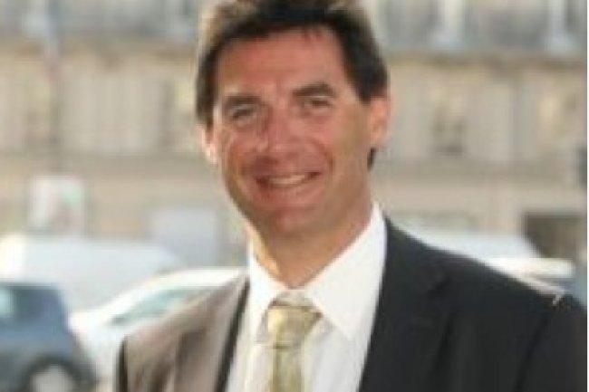 Vincent Brillot, président du club des utilisateurs francophones de JDEdwards, regrette qu'il y ait une latence importante entre la sortie des versions américaines et celles des versions localisées.