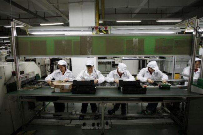 Pour réussir à produire 68 millions d'iPhone 6, les sous-traitants d'Apple vont travailler d'arrache-pieds. (crédit : D.R.)