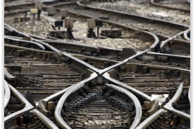 En rénovant la surveillance des installations de signalisation et la régulation des circulations, RFF espère bien augmenter la fiabilité de son contrôle ferroviaire. (crédit : D.R.)