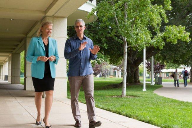 Ginni Rometty, CEO d'IBM, et Tim Cook, CEO d'Apple, ont annoncé aujourd'hui un partenariat mondial pour renforcer leurs solutions mobiles dans les entreprises.