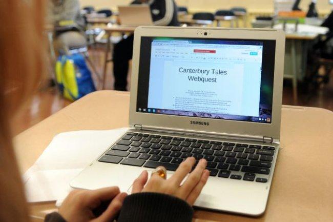 Malgré leurs limites, les Chromebook de Google commence à trouver leur place dans les écoles. (Crédit D.R.)
