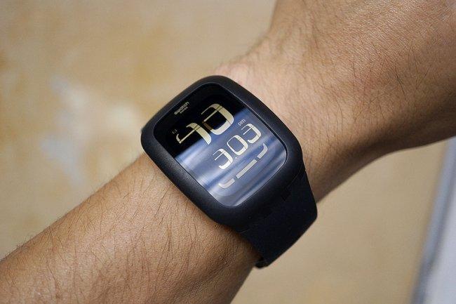La Swatch Touch va être déclinée en modèles intégrant la fonction de traqueur d'activité.
