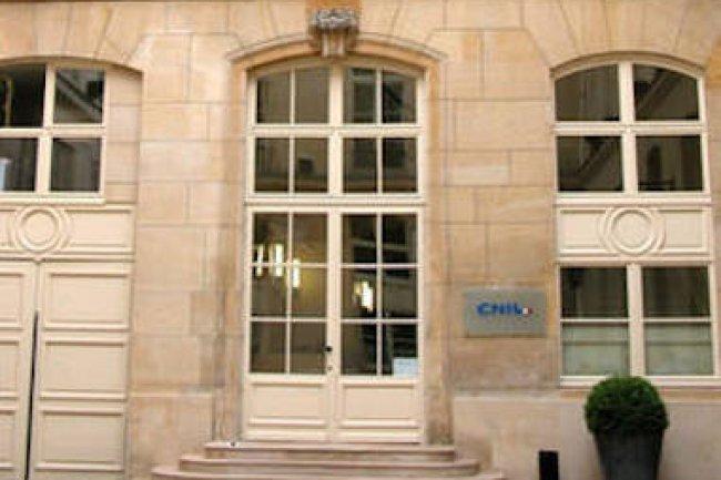 Affaire Orange/CNIL: sous-traiter ne minimise pas la responsabilité du commanditaire.