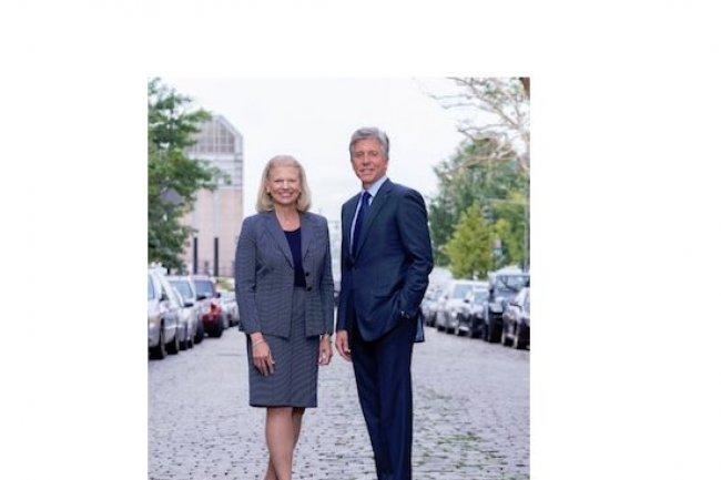 Virginia Rometty, CEO d'IBM, et Bill McDermott, CEO de SAP, ont renforcé le partenariat entre leurs deux groupes avec l'arrivée de HANA Enterprise Cloud dans l'infrastructure cloud d'IBM. (crédit photo : http://scn.sap.com/)