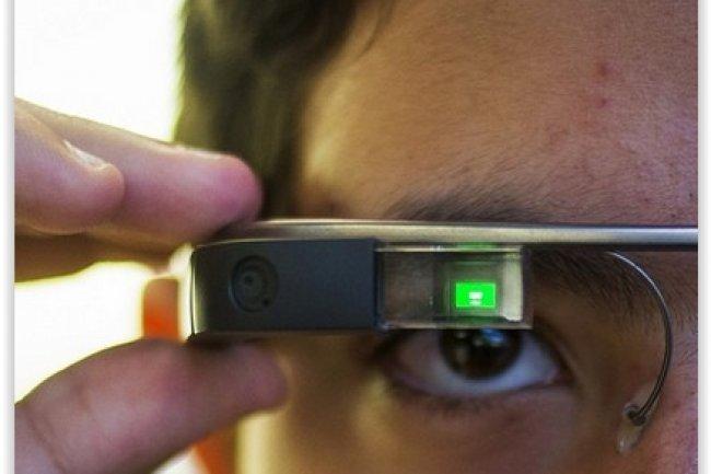 Les processeurs Intel vont équiper la prochaine génération de Google Glass prévue en 2015. (crédit : D.R.)