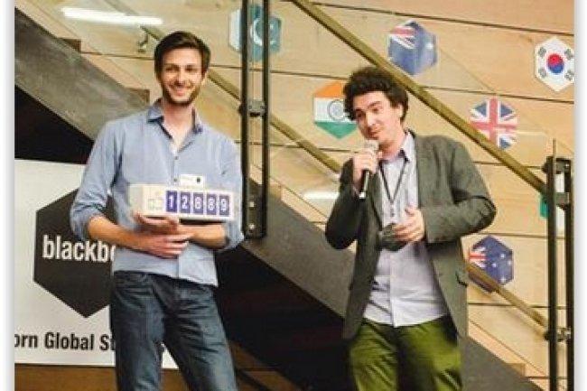Des dizaines de start-ups bénéficent en France de programme de soutien via des accélérateurs, comme cela a été le cas pour Smiirl soutenu par Le Camping. (crédit : D.R.)