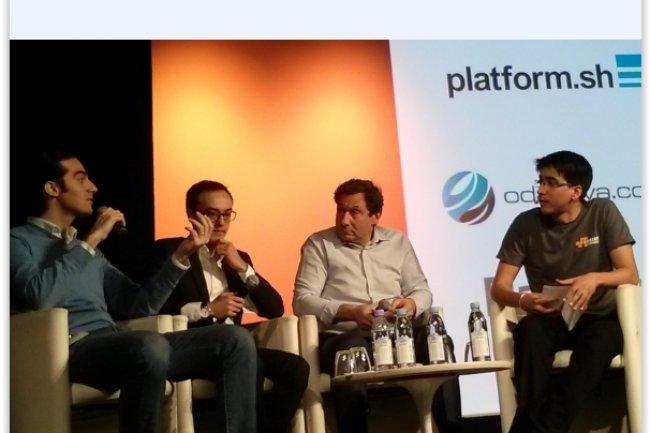 Les participants à la table ronde des cas clients de l'AWS Startup Day ont été, de gauche à droite : Camille Tyan (Président de PayPlug), Sovane Bin (CEO de Odaseva) et Jean-Claude Pitcho (VP Global Business Developement de Commerce Guys). L'animation a été assurée par Mathieu Cadet, Account Manager Startup & Internet chez AWS (tout à droite). (crédit : D.F.)