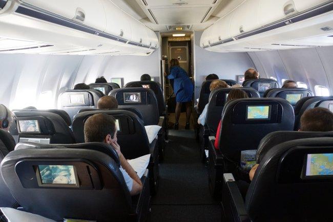 Pour accéder aux systèmes de commandes du Boeing 737, Chris Roberts est passé par le boitier pilotant les services vidéos. (Crédit D.R.).