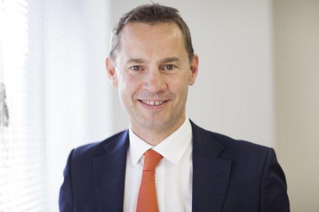 Pour James Petter, VP EMEA de Pure Storage, le prix du stockage flash devrait bientôt être inférieur à celui de la bande.
