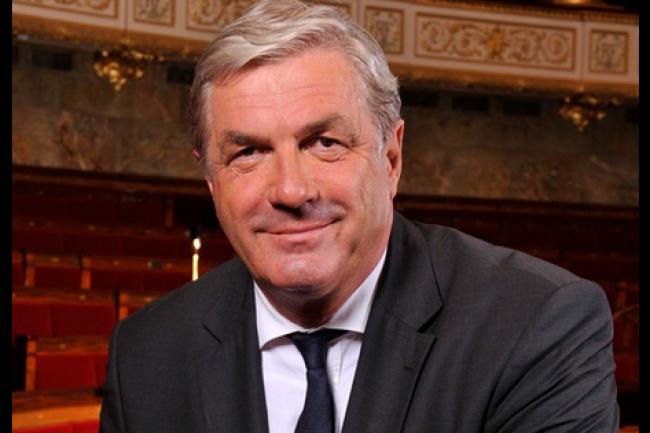 Le loi sur le télétravail des fonctionnaires, portée par le député François Sauvadet, va enfin être à la portée des fonctionnaires, du moins une minorité avec la parution prochaine de son décret d'application. (crédit : D.R.)