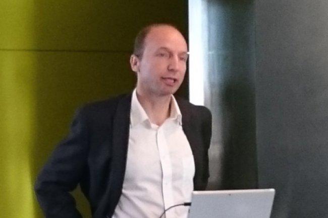Gwénaël Fourre, directeur de la division Office chez Microsoft France, a assuré le lancement d'Office 2016 à Issy les Moulineaux. (crédit : D.R.)