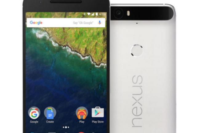 Moins massif que le précédent Nexus 6, une vraie brique, le 6P exploite une puce Snapdragon 810 de seconde génération.