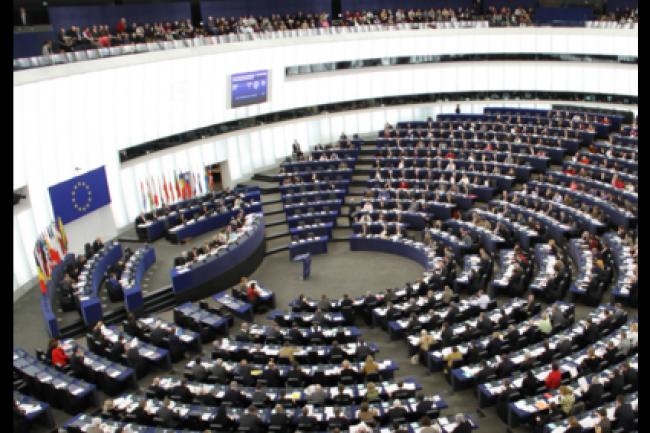 En une poignée de résolutions, le Parlement européen a marqué sa profonde divergence en matière de surveillance généralisée et de protection des données personnelles face aux Etats-Unis. (crédit : D.R.)