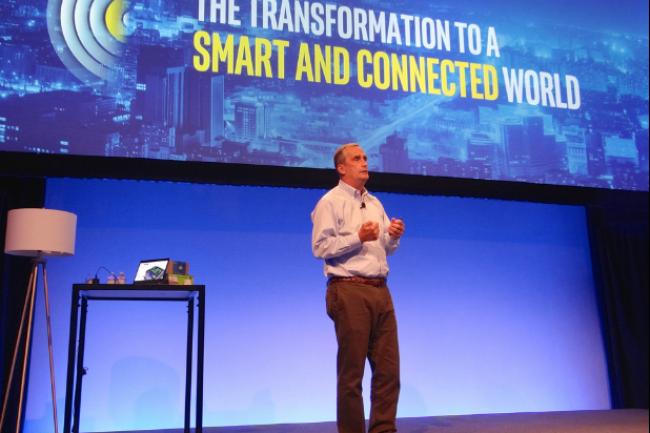 Lors d'un événement organisé à San Francisco, Brian Krzanich, le CEO d'Intel, a présenté les premières pierres de l'écosystème du fondeur dédié à l'IoT. (crédit : James Niccolai)