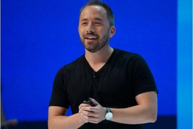 Drew Houston, co-fondateur et CEO de Dropbox, intervenant sur la conférence utilisateurs Open de la société, à San Francisco, le 4 novembre. (crédit : Blair Hanley Frank/IDGNS)