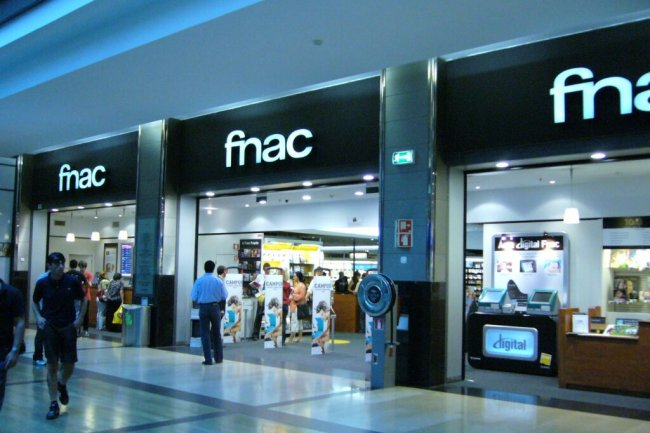 En fusionnant, Fnac et Darty représenteront un réseau de plus de 330 magasins en France. Crédit photo : D.R