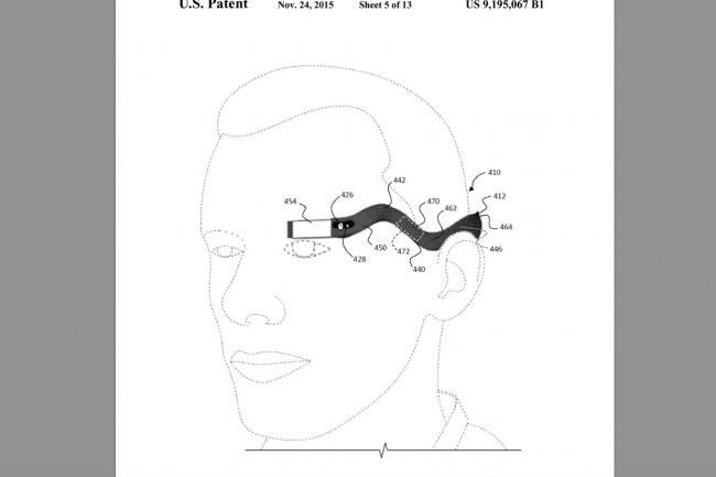 Reprenant le concept des Glass, un brevet déposé par Google décrit un dispositif à porter sur le côté de la tête. (crédit : D.R.)