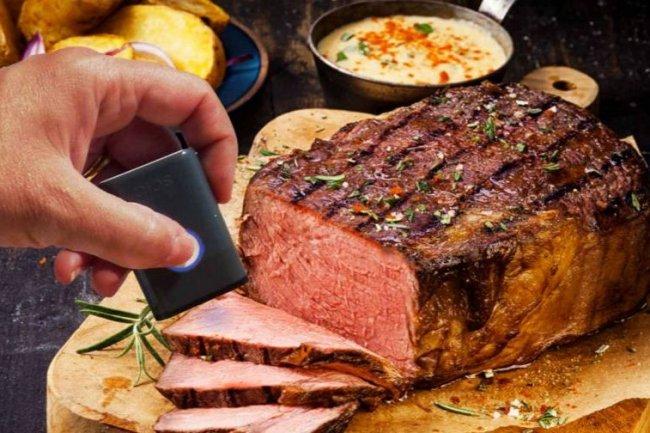 L'analyseur Scio de DietSensor envoie des rayons infrarouges vers les aliments afin de déterminer leur composition.