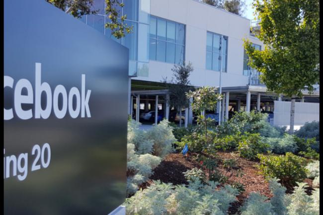 Facebook a choisi de localiser son 2ème datacenter européen en Irlande à Clonee, une ville particulièrement venteuse. (crédit : D.R.)