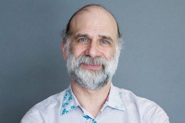 Le spécialiste du chiffrement Bruce Schneier, considéré comme un gourou sur les questions de sécurité, rejoint IBM avec le rachat de Resilient Systems. (crédit : D.R.)