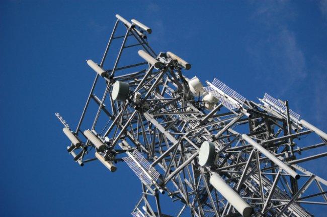 Les réseaux radio longue portée à basse consommation sont devenus la nouvelle bataille entre opérateurs qui poussent des technologies concurrentes (Crédit D.R.).