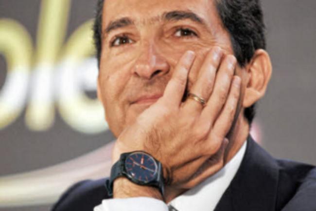 Patrick Drahi, président d'Altice, la maison-mère SFR-Numericable, doit certainement savourer le plan de rachat aux petits oignons de Bouygues Telecom concocté par Orange. (crédit : D.R.)