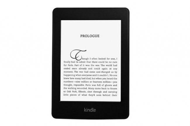 Les utilisateurs de Kindle Paperwhite (5ème génération de liseuse d'Amazon) doivent mettre à jour leur logiciel. Tous les modèles précédents sont aussi concernés. (crédit : D.R.)