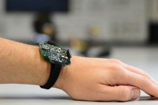 Le microprocesseur Pulpino peut être utilisé dans des smartwatchs. (Source: ETH Zürich / Frank K. Gükaynak)