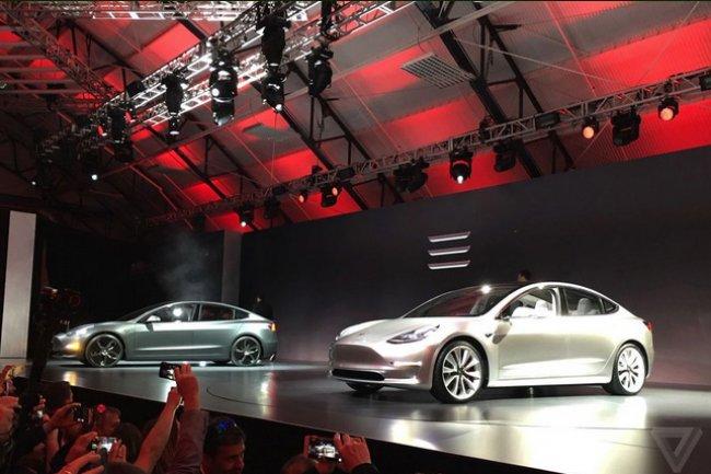 Le model 3 de Tesla vise les automobiles des marques premium. (crédit : D.R.)