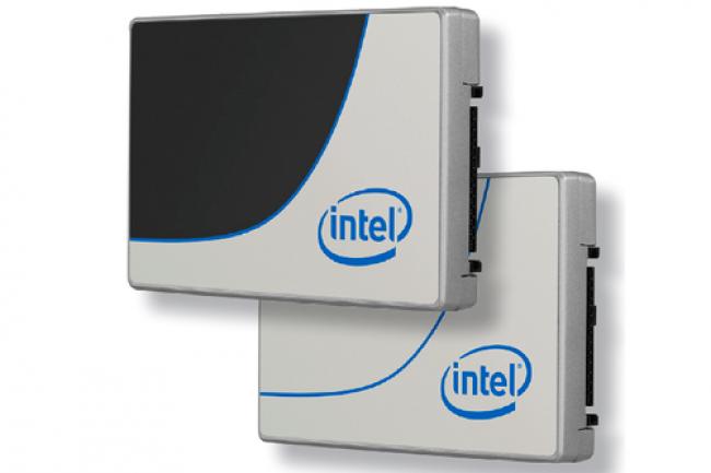 Annoncés en même temps que le Xeon E5V4, les SSD DC D3700 et D3600 adoptent un contrôleur capable de piloter deux flux NVMe.