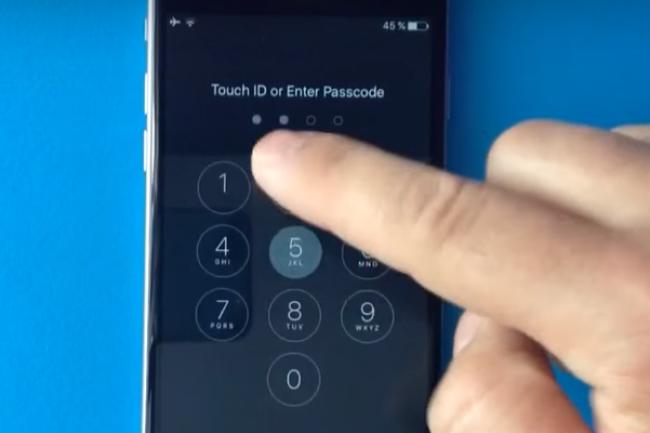 Apple a corrigé la vulnérabilité sur les iPhone 6S et 6S Plus qui permettait facilement d'accéder aux photos et carnet d'adresses des utilisateurs. (crédit : D.R.)