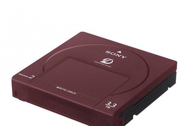 La cartouche ODC3300R de Sony accueille plusieurs disques optiques pour offrir 3,3 To de stockage.