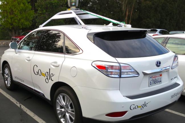 Le SUV autonome Lexus RX45h de Google bientôt homologué pour circuler librement sur n'importe quelle route ? (crédit : D.R.)