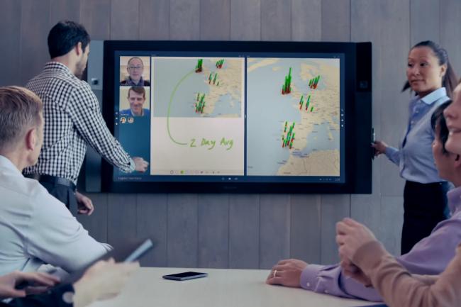 L'écran Surface Hub de Microsoft est disponible en version HD 55 pouces ou 4K 84 pouces. (crédit : D.R.)