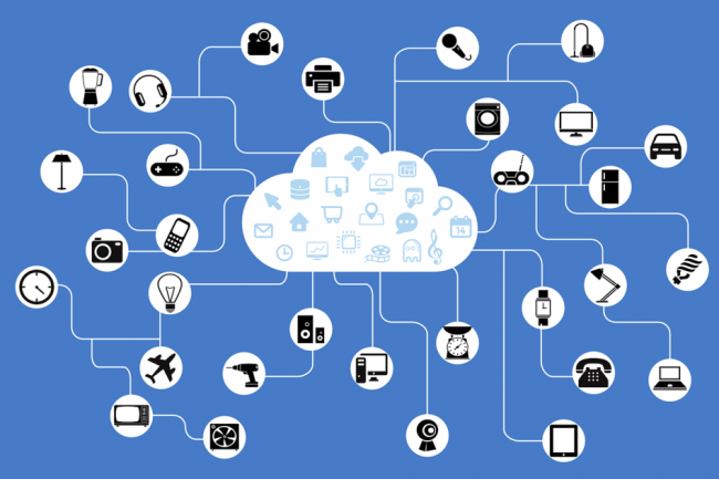 Les services cloud viennent épauler la gestion des objets connectés et des terminaux mobiles.  (Crédit D.R.)