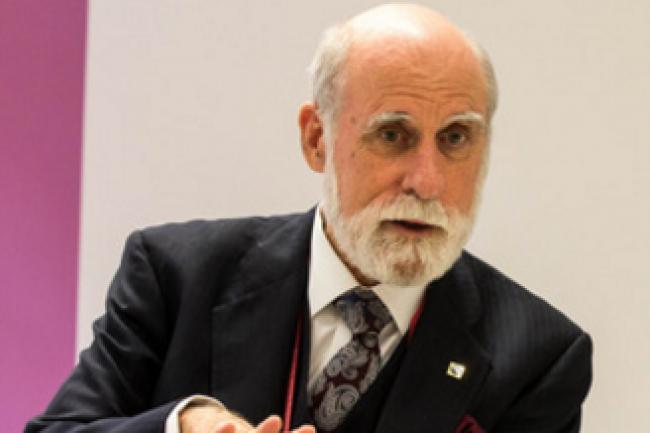 Vint Cerf, père de l'Internet moderne, occupe le poste de Chief Internet Evangelist chez Google. (crédit : D.R.)