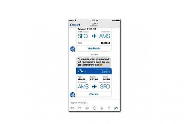 La compagnie aérienne KLM utilise des plug-ins pour envoyer à ses clients, via Facebook Messenger, leur carte d'embarquement ou le statut de leur vol. (crédit : Forrester Resarch septembre 2016/KLM app mobile)