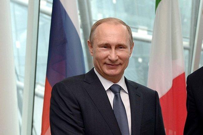 Pour punir les entreprises am�ricaines et europ�ennes, le pr�sident russe Vladimir Poutine a d�cid� d'augmenter leurs taxes en Russie et exhorte l'administration et les firmes d'Etat � choisir des fournisseurs locaux.