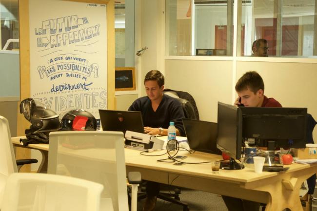 Les start-ups accélérées dans le cadre du programme Connected Camp de l'IoT Valley disposent d'un cadre de travail agréable et propice à la créativité. (crédit : D.R.)