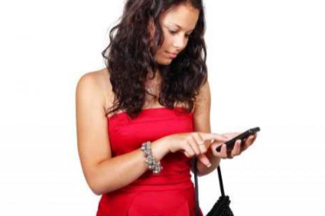 Le m-commerce continue sa progression, en particulier dans la mode. (crédit : D.R.)