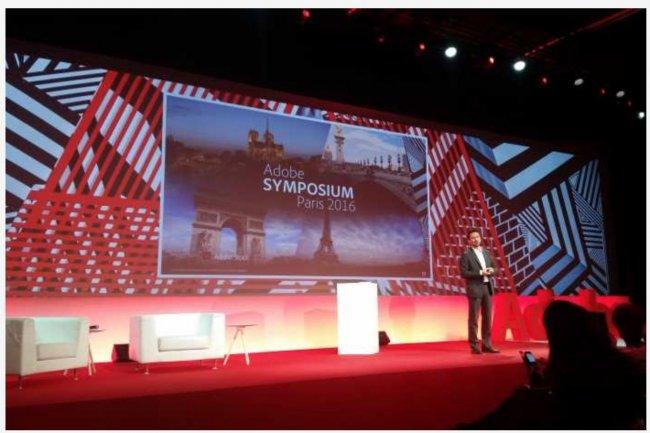 Luc Dammann, nouveau directeur général d'Adobe Europe du Sud-Ouest, a ouvert l'Adobe Symposium Paris le 8 novembre 2016 à la Grande Arche de La Défense près de Paris.