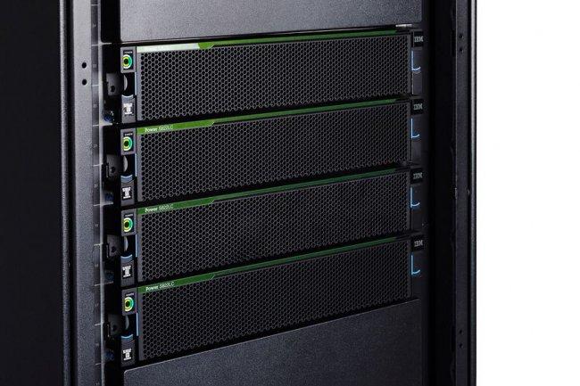Le dernier serveur S822LC pour le calcul haute performance d'IBM exploite des puces Power8 et des liens NVLink de Nvidia. (crédit : D.R.)