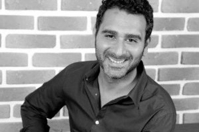 Après avoir piloté  pendant 8 ans un opérateur et intégrateur de téléphonie, Anthony Chamak a décidé de créer Smartwin en constatant l'engouement grandissant des publics professionnels pour les smartphones.