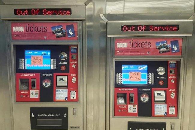Les bornes d'achat des tickets de transports de la ville de San Francisco ont été mises hors service durant une journée, suite à une attaque informatique. Crédit : The Examiner.