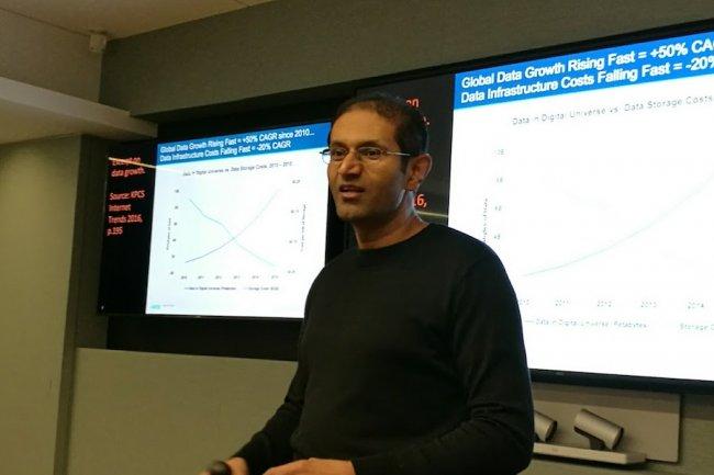 «Les clients veulent un monde hybride, avec une infrastructure sur site pouvant déborder sur le cloud en cas de besoin», assure le CEO d'Igneous Systems, Kiran Bhageshpur.