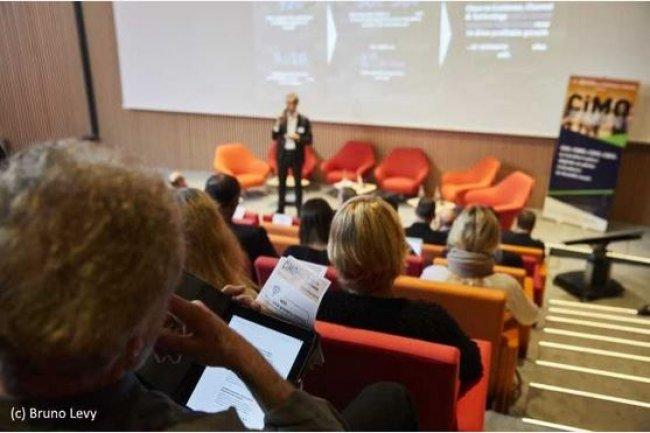Réussir la transformation numérique de son organisation par la collaboration CIO/CMO Le premier CIMO Forum s'est tenu le 13 décembre 2016, co-animé par Martine Fuxa (eCommerce, Editialis) et Didier Barathon (CIO, IT-News-Info). (crédit : Bruno Levy)