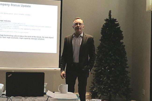 Bob Griswold est le chairman de la start-up belge Open vStorage qui possède un pied en Europe et l'autre aux Etats-Unis. (crédit : Serge Leblal)