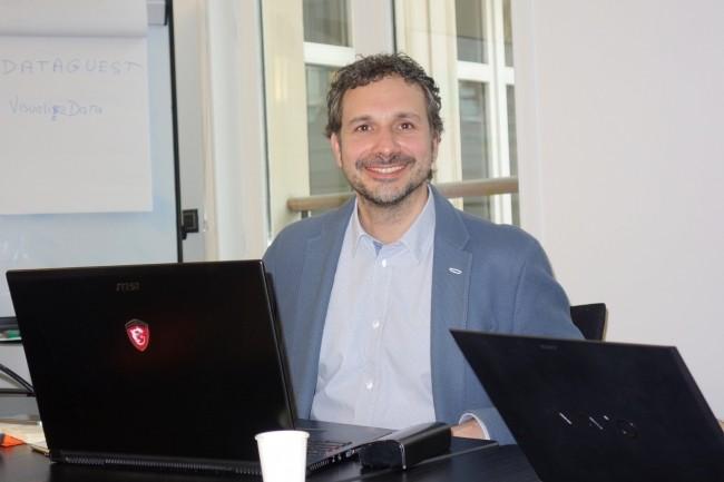 Julien Tchernia, président et co-fondateur de Joul & Cie, fournisseur d'énergie qui distribue sous la marque ekWateur de l'électricité et du gaz à des particuliers. (crédit : Maryse Gros)