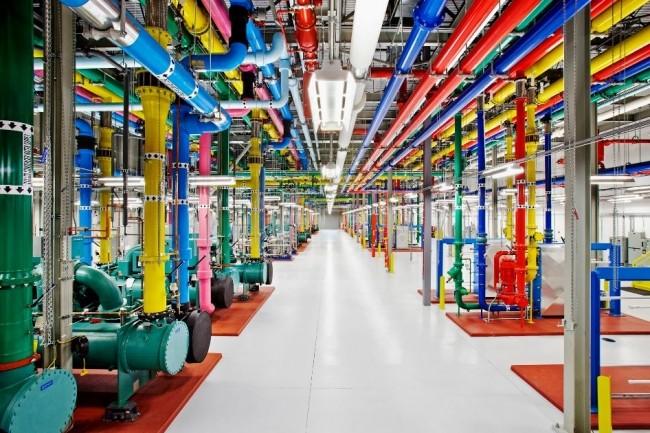 Vue prise dans un datacenter de Google dans le comté de Douglas en Georgie. (crédit ; Google/Connie Zhou)
