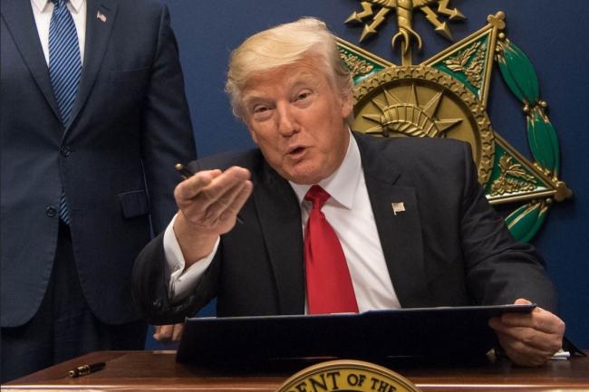 Le président Donald Trump au département de la Défense (DOD) à Washington, D.C., le 27 janvier dernier. (Crédit : Jette Carr/DOD)